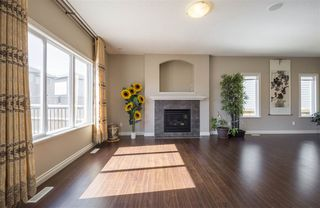 Photo 6: 1439 WATES Link in Edmonton: Zone 56 House for sale : MLS®# E4152733