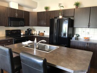 Photo 5: 4469 MCCRAE Avenue in Edmonton: Zone 27 Townhouse for sale : MLS®# E4153777