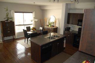 Photo 8: 4469 MCCRAE Avenue in Edmonton: Zone 27 Townhouse for sale : MLS®# E4153777