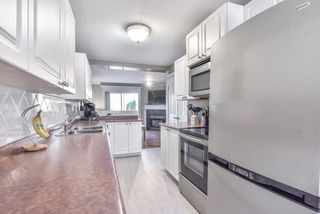 "Photo 9: 38 16155 82 Avenue in Surrey: Fleetwood Tynehead Townhouse for sale in ""Fleetwood Oaks"" : MLS®# R2369143"