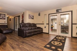 """Photo 3: 131 13725 72A Avenue in Surrey: East Newton Townhouse for sale in """"Park Place Estates"""" : MLS®# R2370288"""