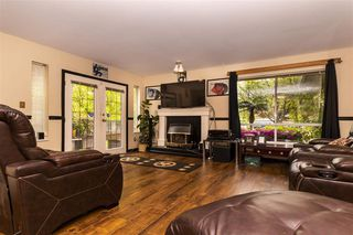 """Photo 2: 131 13725 72A Avenue in Surrey: East Newton Townhouse for sale in """"Park Place Estates"""" : MLS®# R2370288"""