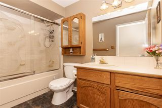 """Photo 15: 131 13725 72A Avenue in Surrey: East Newton Townhouse for sale in """"Park Place Estates"""" : MLS®# R2370288"""