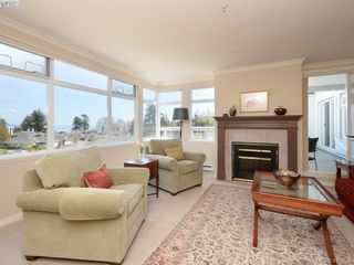 Photo 2: 307 5110 Cordova Bay Road in VICTORIA: SE Cordova Bay Condo Apartment for sale (Saanich East)  : MLS®# 410928