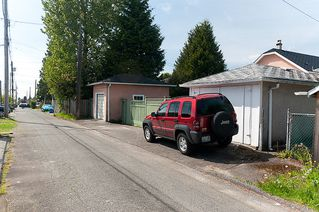 Photo 25: 4236 Pender Street in Burnaby: Home for sale : MLS®# V891144