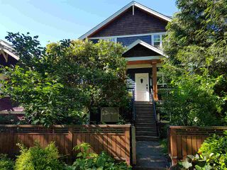 Photo 1: 2331 E 6TH Avenue in Vancouver: Grandview Woodland House for sale (Vancouver East)  : MLS®# R2398136