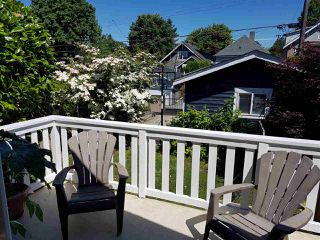 Photo 14: 2331 E 6TH Avenue in Vancouver: Grandview Woodland House for sale (Vancouver East)  : MLS®# R2398136