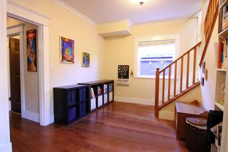 Photo 4: 2331 E 6TH Avenue in Vancouver: Grandview Woodland House for sale (Vancouver East)  : MLS®# R2398136