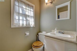 Photo 16: 1 977 Convent Pl in VICTORIA: Vi Fairfield West Row/Townhouse for sale (Victoria)  : MLS®# 825016