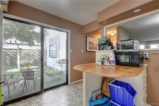 Photo 9: 1 977 Convent Pl in VICTORIA: Vi Fairfield West Row/Townhouse for sale (Victoria)  : MLS®# 825016