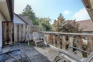 Photo 18: 1 977 Convent Pl in VICTORIA: Vi Fairfield West Row/Townhouse for sale (Victoria)  : MLS®# 825016