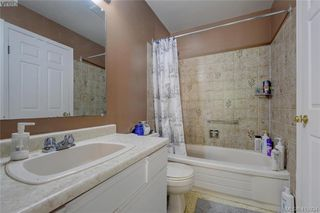 Photo 13: 1 977 Convent Place in VICTORIA: Vi Fairfield West Row/Townhouse for sale (Victoria)  : MLS®# 415934