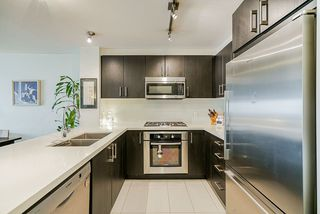 Photo 5: 212 3163 RIVERWALK Avenue in Vancouver: South Marine Condo for sale (Vancouver East)  : MLS®# R2422511