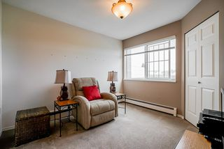 """Photo 12: 105 32669 GEORGE FERGUSON Way in Abbotsford: Abbotsford West Condo for sale in """"Canterbury Gate"""" : MLS®# R2453437"""