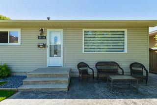 Photo 4: 15709 86 Avenue in Edmonton: Zone 22 House for sale : MLS®# E4203432