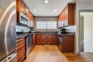 Photo 12: 15709 86 Avenue in Edmonton: Zone 22 House for sale : MLS®# E4203432
