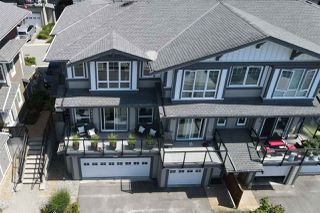 Photo 3: 5986 BEACHGATE LANE in Sechelt: Sechelt District Townhouse for sale (Sunshine Coast)  : MLS®# R2470773