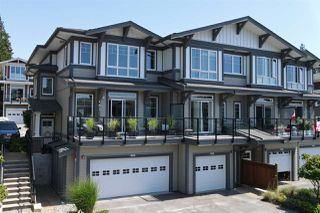 Photo 2: 5986 BEACHGATE LANE in Sechelt: Sechelt District Townhouse for sale (Sunshine Coast)  : MLS®# R2470773