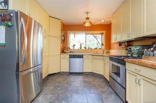 Photo 9: 285 Hector Rd in : SW Interurban House for sale (Saanich West)  : MLS®# 845681