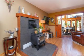 Photo 5: 285 Hector Rd in : SW Interurban House for sale (Saanich West)  : MLS®# 845681