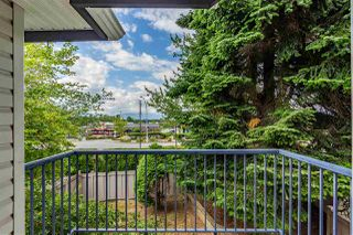"""Photo 30: 32 8716 WALNUT GROVE Drive in Langley: Walnut Grove Townhouse for sale in """"Willow Arbour"""" : MLS®# R2497573"""