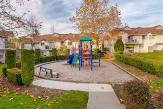 """Photo 32: 32 8716 WALNUT GROVE Drive in Langley: Walnut Grove Townhouse for sale in """"Willow Arbour"""" : MLS®# R2497573"""