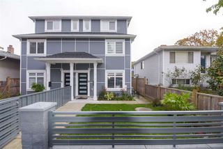 Photo 2: 5218 GLADSTONE Street in Vancouver: Victoria VE 1/2 Duplex for sale (Vancouver East)  : MLS®# R2514615