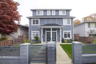 Photo 3: 5218 GLADSTONE Street in Vancouver: Victoria VE 1/2 Duplex for sale (Vancouver East)  : MLS®# R2514615