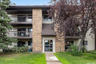 Photo 3: 302 275 KINGSMERE Boulevard in Saskatoon: Lakeview SA Residential for sale : MLS®# SK833907