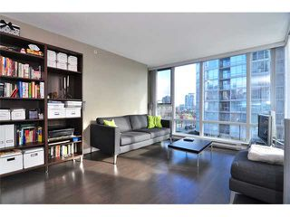 "Photo 3: 505 1495 RICHARDS Street in Vancouver: False Creek North Condo for sale in ""AZURA TWO"" (Vancouver West)  : MLS®# V870197"