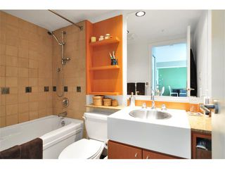 """Photo 8: 505 1495 RICHARDS Street in Vancouver: False Creek North Condo for sale in """"AZURA TWO"""" (Vancouver West)  : MLS®# V870197"""