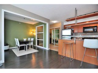 "Photo 5: 505 1495 RICHARDS Street in Vancouver: False Creek North Condo for sale in ""AZURA TWO"" (Vancouver West)  : MLS®# V870197"