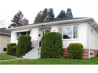 Photo 1: 119 GLOVER Avenue in New Westminster: GlenBrooke North House for sale : MLS®# V881651