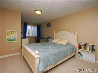 Photo 14: 2390 Halcyon Place in VICTORIA: CS Tanner Single Family Detached for sale (Central Saanich)  : MLS®# 299429