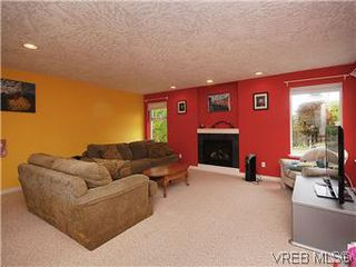 Photo 12: 2390 Halcyon Place in VICTORIA: CS Tanner Single Family Detached for sale (Central Saanich)  : MLS®# 299429
