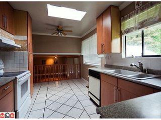 "Photo 5: 8720 151 Street in Surrey: Bear Creek Green Timbers House for sale in ""Fleetwood"" : MLS®# F1125086"