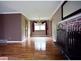 "Photo 4: 8720 151 Street in Surrey: Bear Creek Green Timbers House for sale in ""Fleetwood"" : MLS®# F1125086"