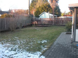 """Photo 9: 1171 BEECHWOOD in North Vancouver: Norgate House for sale in """"Norgate"""" : MLS®# V925677"""