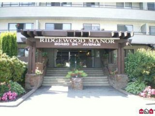 Main Photo: 214 20420 54th ave in Langley: Langley City Condo for sale : MLS®# F1301462