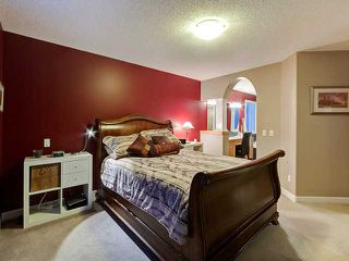Photo 10: 150 CRESTRIDGE Way SW in CALGARY: Crestmont Residential Detached Single Family for sale (Calgary)  : MLS®# C3595084