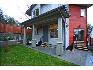 Photo 10: 640 W 15TH Street in North Vancouver: Hamilton House 1/2 Duplex for sale : MLS®# V1041139