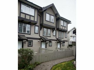 "Photo 3: 44 20176 68TH Avenue in Langley: Willoughby Heights Townhouse for sale in ""Steeple Chase"" : MLS®# F1401877"