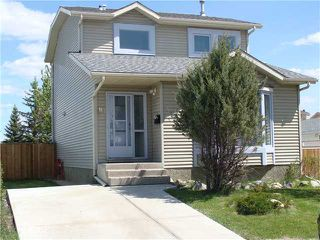 Photo 1: 80 APPLETREE Crescent SE in CALGARY: Applewood Residential Detached Single Family for sale (Calgary)  : MLS®# C3616982