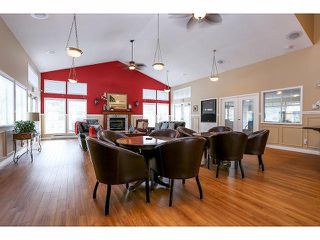 """Photo 15: 5 9012 WALNUT GROVE Drive in Langley: Walnut Grove Townhouse for sale in """"QUEEN ANNE GREEN"""" : MLS®# F1413669"""