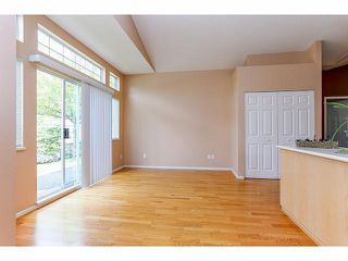 """Photo 8: 5 9012 WALNUT GROVE Drive in Langley: Walnut Grove Townhouse for sale in """"QUEEN ANNE GREEN"""" : MLS®# F1413669"""