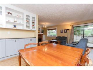 Photo 7: 10 4350 West Saanich Rd in VICTORIA: SW Royal Oak Row/Townhouse for sale (Saanich West)  : MLS®# 684838
