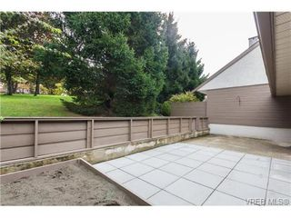 Photo 16: 10 4350 West Saanich Rd in VICTORIA: SW Royal Oak Row/Townhouse for sale (Saanich West)  : MLS®# 684838