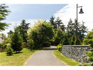 Photo 18: 10 4350 West Saanich Rd in VICTORIA: SW Royal Oak Row/Townhouse for sale (Saanich West)  : MLS®# 684838