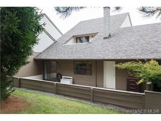 Photo 17: 10 4350 West Saanich Rd in VICTORIA: SW Royal Oak Row/Townhouse for sale (Saanich West)  : MLS®# 684838