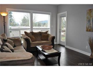 Photo 4: 213 938 Dunford Ave in VICTORIA: La Langford Proper Condo for sale (Langford)  : MLS®# 692031